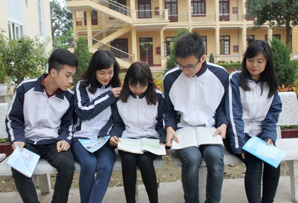 Kinh nghiệm chọn trường cho học sinh khối 12