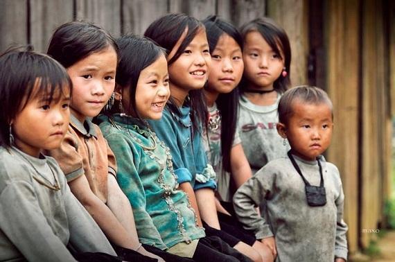 Ủng hộ trẻ em vùng cao bằng những tấm lòng cao cả