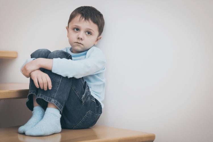 Bệnh tự kỷ ở trẻ em là gì? Những điều cần biết về trẻ em tự kỷ