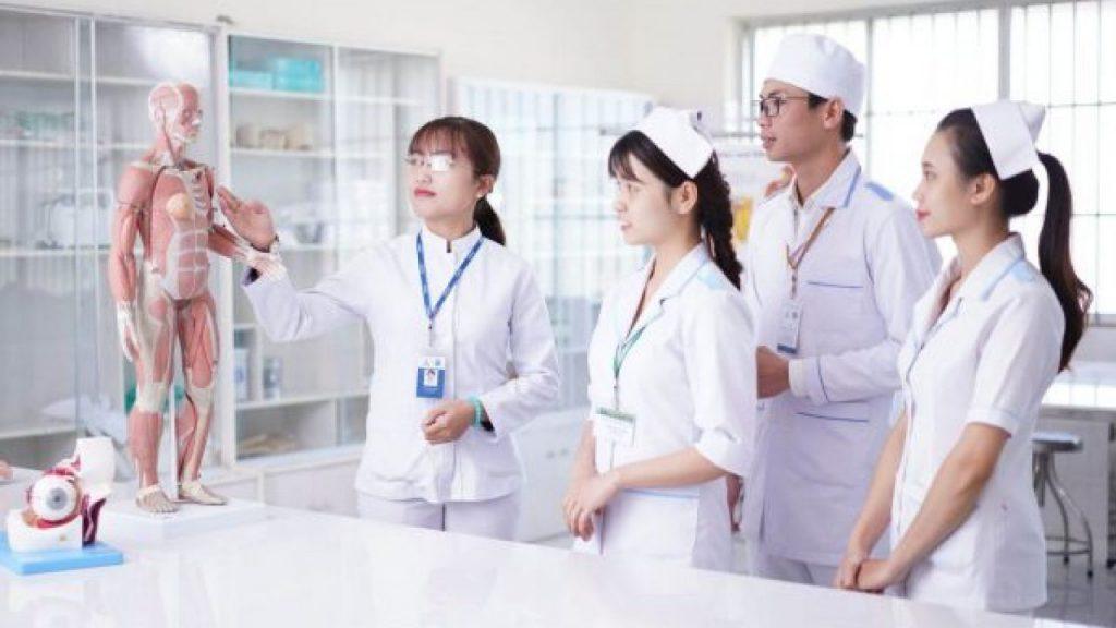 lịch sử ngành điều dưỡng